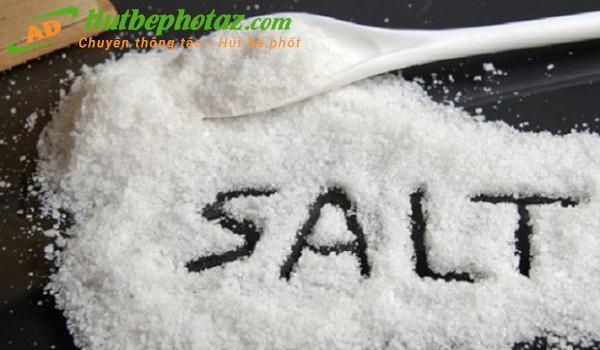 Cách thông cống bằng muối đơn giản hiệu quả bạn nên thử